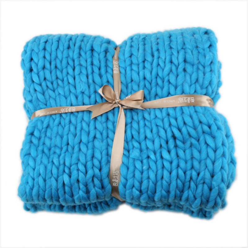 Winter-Warm-Chunky-Knit-Thick-Blanket-Hand-Yarn-Merino-Bulky-Throw-Knited-Sofa miniature 12